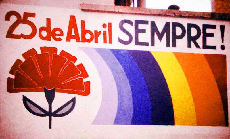 Revolução dos Cravos – 25 de Abril