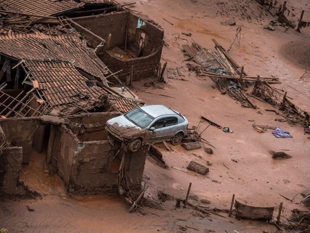 Lama no Brasil: Acidente ou Crime Ambiental?