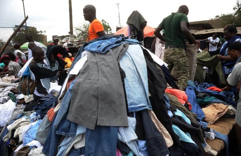 Contentores para o Quénia: Para Onde Vão as Roupas Doadas?