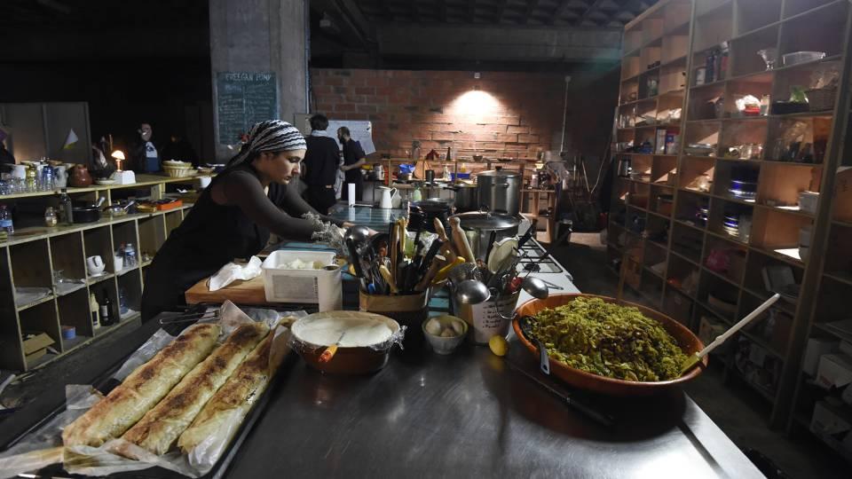 Freegan Pony, o Restaurante de Paris que Luta Contra o Desperdício Alimentar
