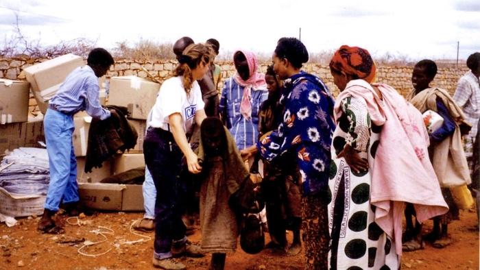 O Problema da Ajuda Humanitária – The Trouble with Aid [Documentário]