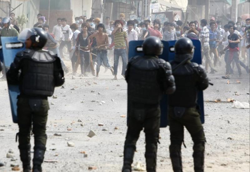 Pelo menos 3 pessoas foram mortas numa manifestção por melhores salários no Camboja