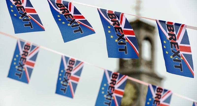 Reino Unido Diz Não à UE e Cameron Demite-se
