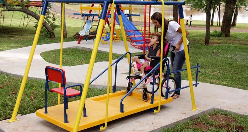 Parques Infantis do Concelho de Lisboa Vão Ser Adaptados para Crianças com Deficiência