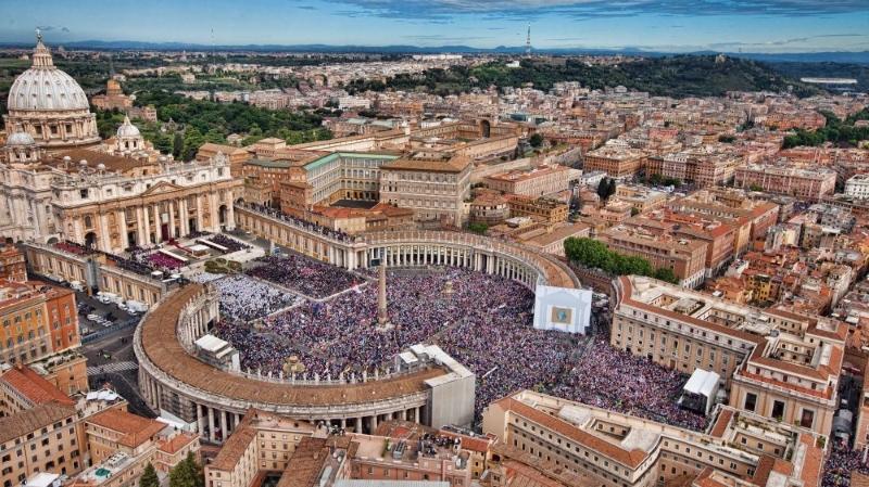 Banqueiros do Vaticano têm ligações financeiras com o setor dos combustíveis fósseis