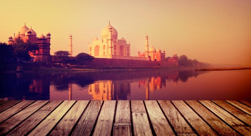 Deputado do Parlamento indiano: Porque é necessário falar-se sobre o rendimento básico