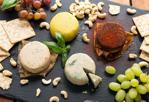 11 Vegan Cheese Recipes – Easy and Delicious [Videos]