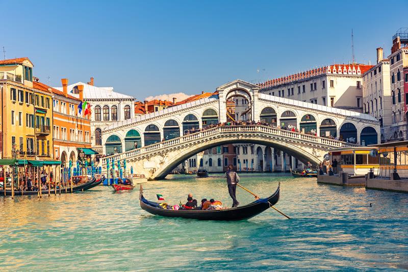 """Veneza: """"Vão-se embora, Turistas"""""""
