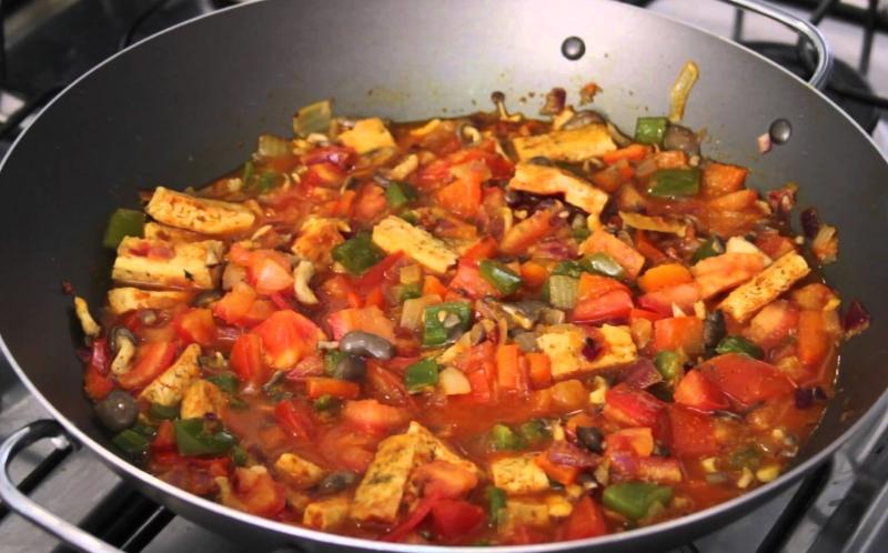 7 Receitas de Moqueca vegetariana e vegan [vídeos]