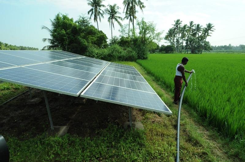 Rajastão instala 70 poços a energia solar para combater crise de energia e de água