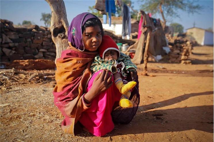 A cada 7 segundos casa-se uma menina com menos de 15 anos
