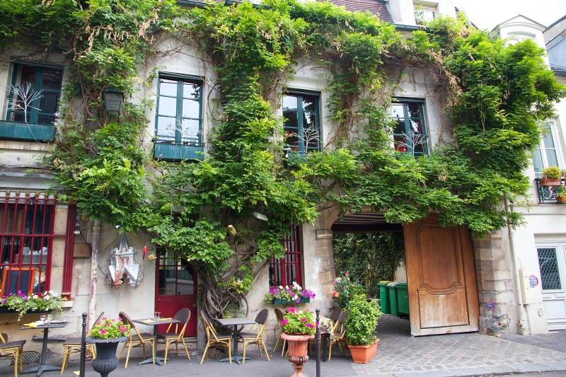 Paris pede a moradores para tornarem a cidade mais bonita e verde