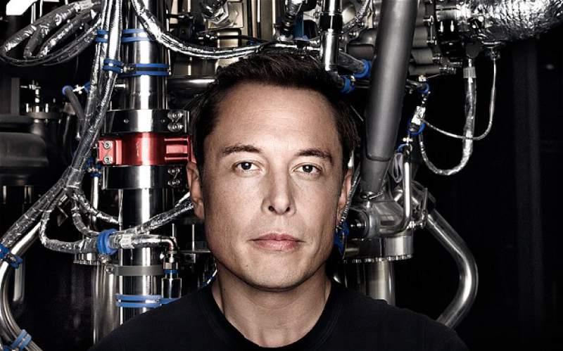 Elon Musk prevê que automação levará a um rendimento básico incondicional