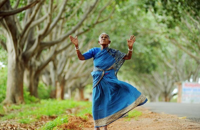 A indiana de 105 anos que plantou 300 árvores por não poder ter filhos