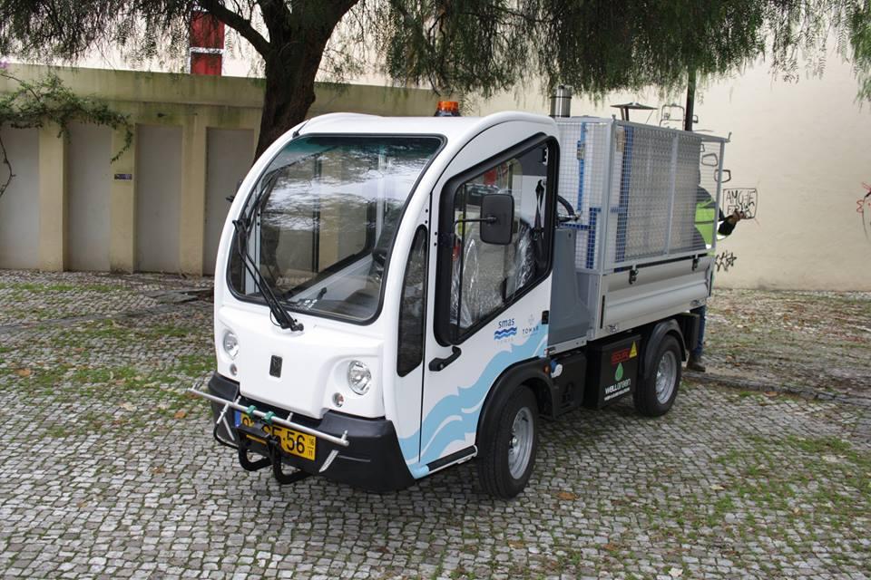 Tomar usa veículo elétrico para controlo das ervas daninhas sem o uso do glifosato