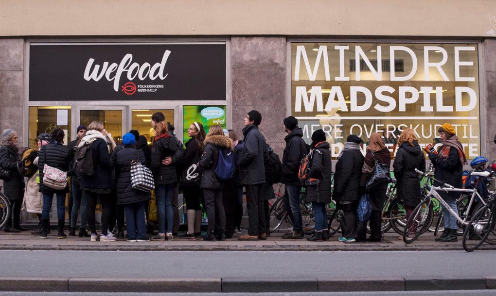 Supermercado que vende comida fora da validade na Dinamarca abre 2ª loja