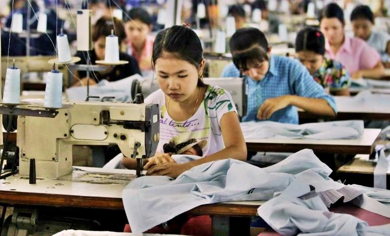 Crianças recebem 15 cêntimos à hora em Myanmar para fazer a roupa de marcas como a H&M