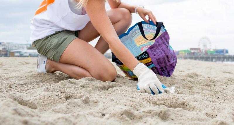 Dicas para organizar uma limpeza de praia com amigos