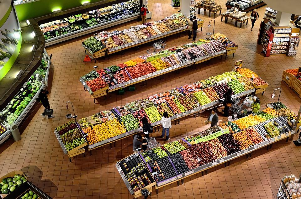 Universidade de Oxford vai modernizar supermercados britânicos para que vendam menos carne