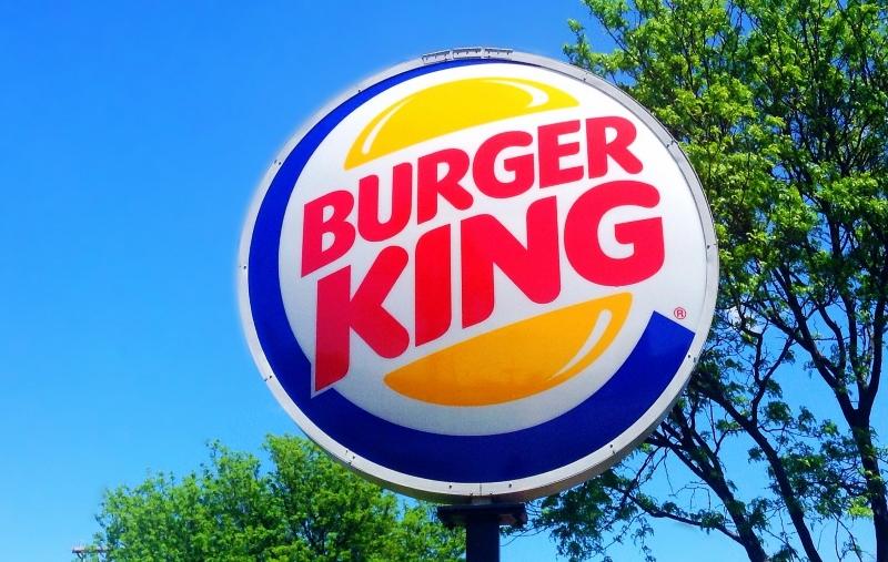 Burger King está a causar a destruição de florestas tropicais no Brasil e Bolívia, diz relatório
