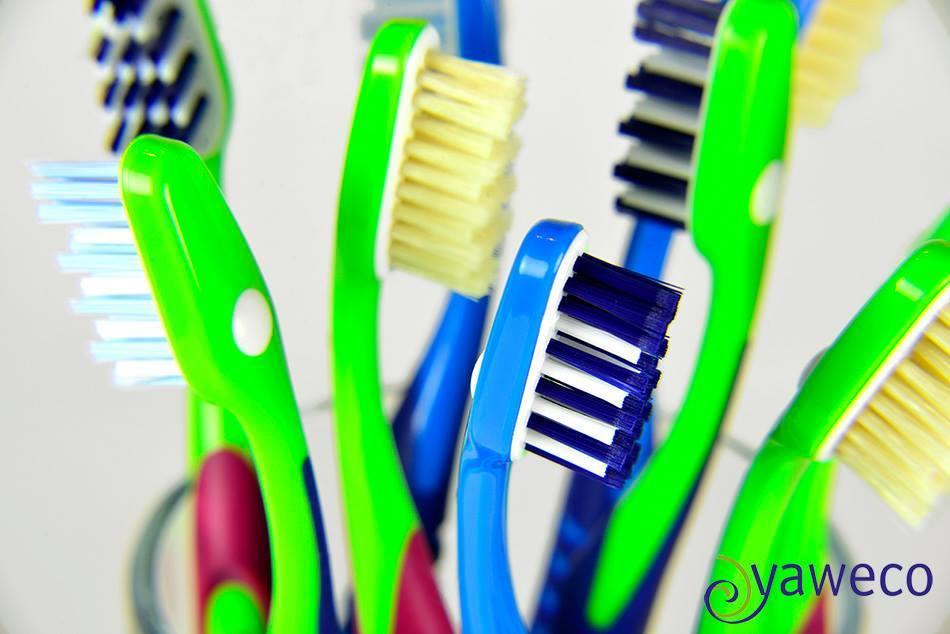 Review: Escova de dentes com cabeças substituíveis (Yaweco)