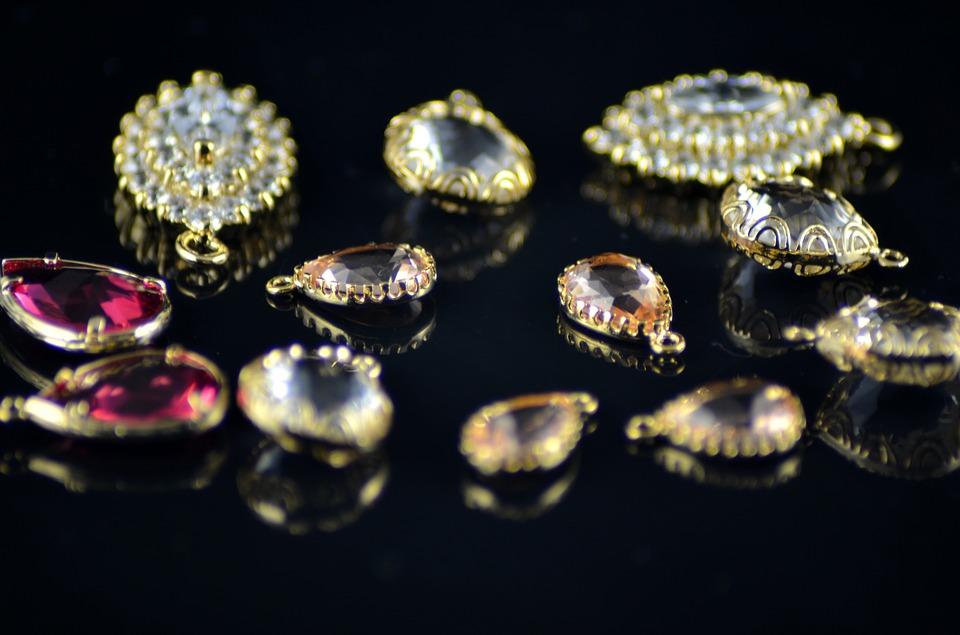 E se os anúncios sobre diamantes e jóias fossem honestos? [Vídeo]