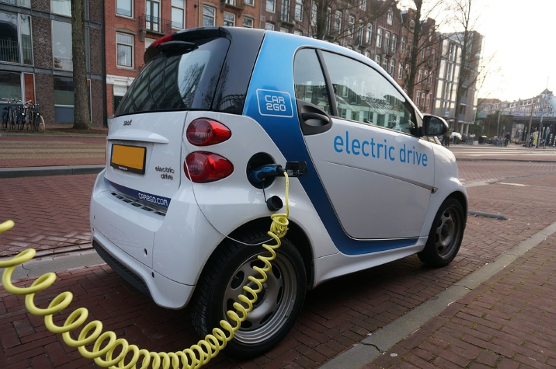 Em 2025 todos os carros serão elétricos