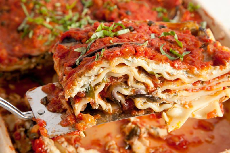 9 receitas de lasanha vegetariana e vegan [vídeos]