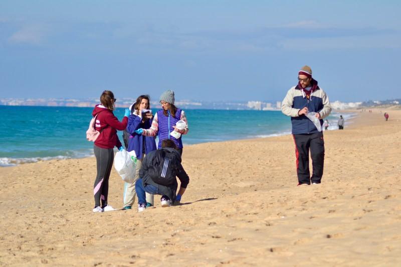 Limpeza de uma praia