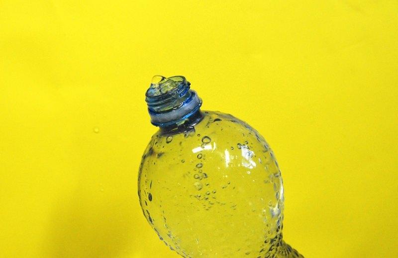 Museu de História Natural de Londres deixa de vender garrafas de plástico para proteger oceanos