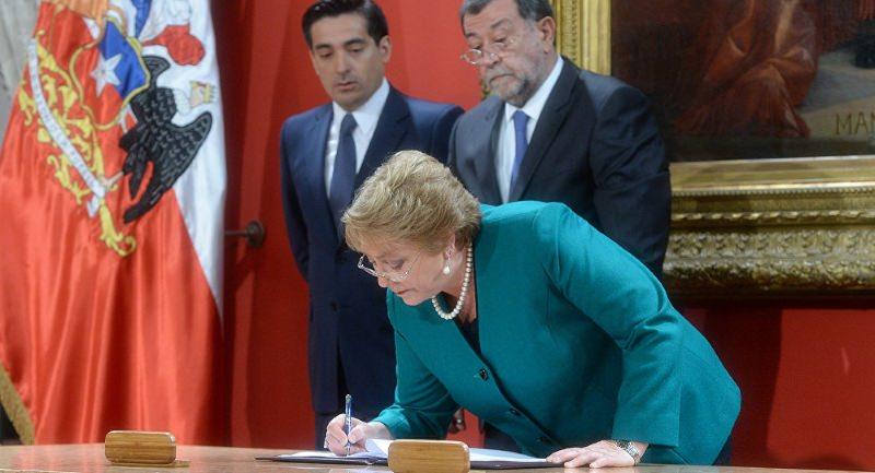Chile aprova educação universitária gratuita