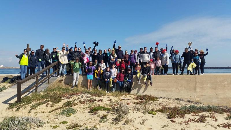 190 voluntários apanharam 1400 kg de lixo na Ilha Deserta