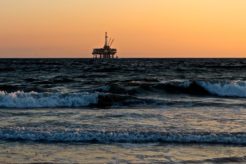 """""""Pintar o mar"""" é o novo single dos OIOAI contra a exploração de petróleo no Algarve"""