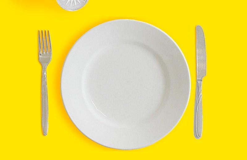 Comemos mais de 100 pedaços de plástico em cada refeição, avisa estudo