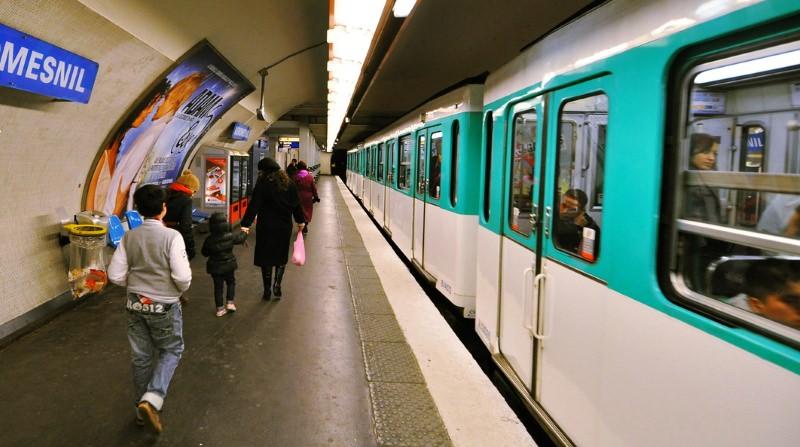 Paris pondera tornar transportes públicos gratuitos para reduzir poluição do ar