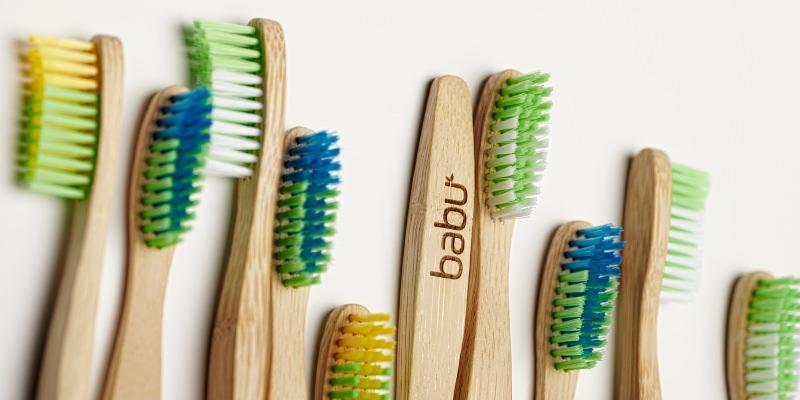 Como evitar que as escovas de dentes de bambu fiquem escuras com a humidade?