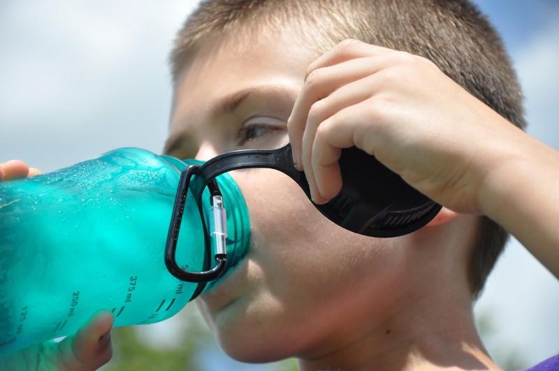 Escolas deixam de vender garrafas de água de plástico em Oliveira do Hospital