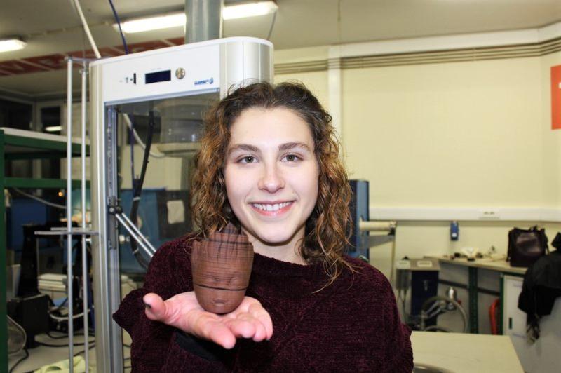 Estudante da Universidade de Aveiro cria impressões 3D em cortiça