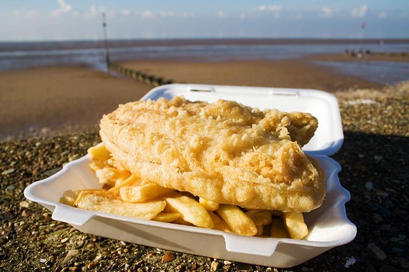"""Tubarões ameaçados servidos em restaurantes de """"fish & chips"""" no Reino Unido"""