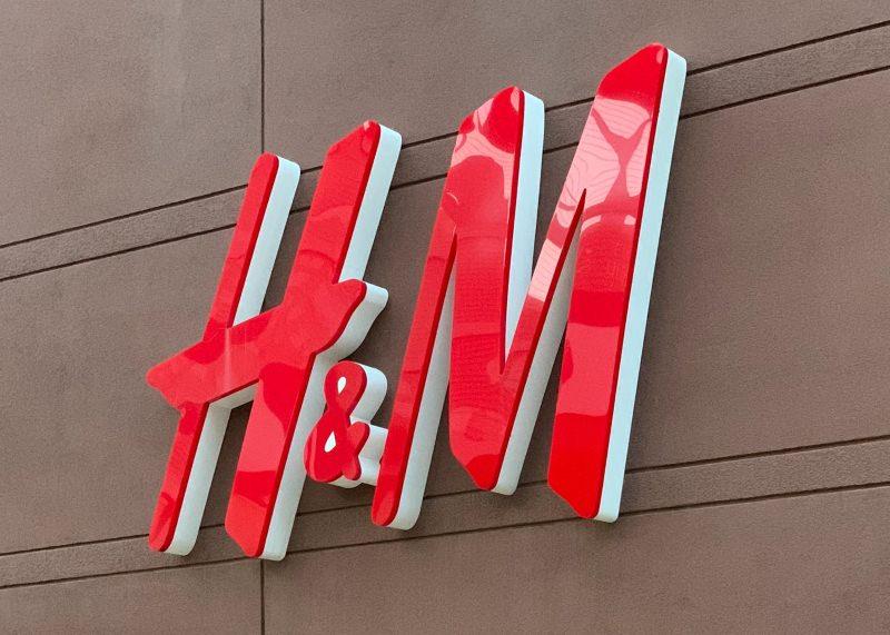 H&M vai testar venda de roupa em segunda mão e vintage