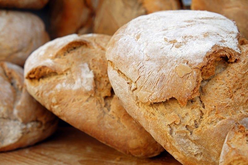 Parlamento aprovou o fim dos plásticos no pão, fruta e legumes