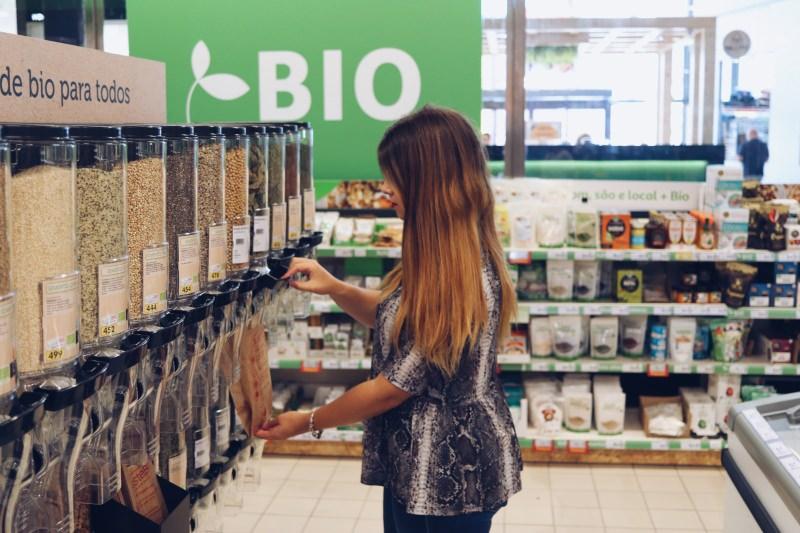 Biológicos a granel: JusteBio e Auchan juntos contra o desperdício