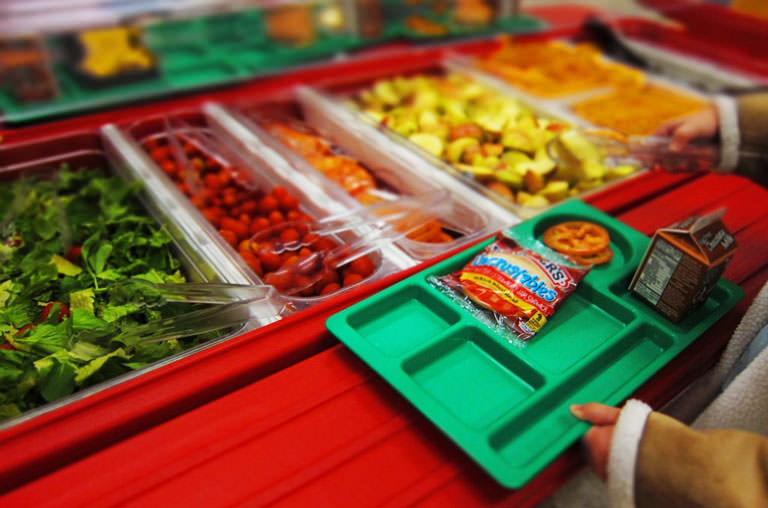 Escolas públicas de Nova Iorque proíbem carnes processadas nas refeições