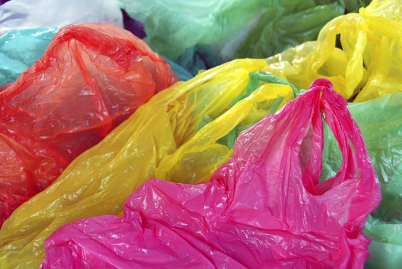 Japão vai introduzir taxa sobre sacos de plástico em 2020