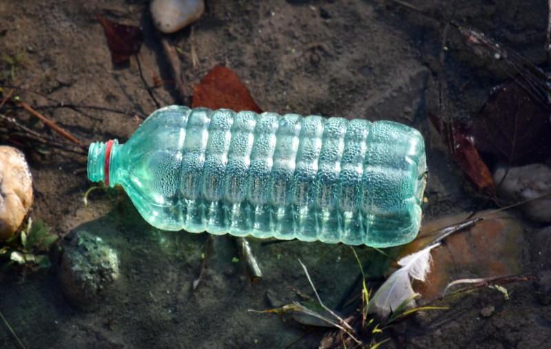 Europa recicla menos de um terço do lixo plástico que produz