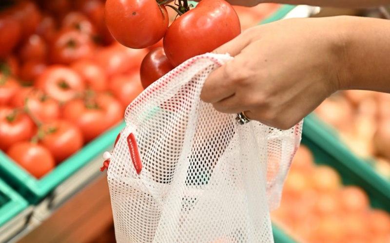 Continente abriu supermercado com zona Plastic Free