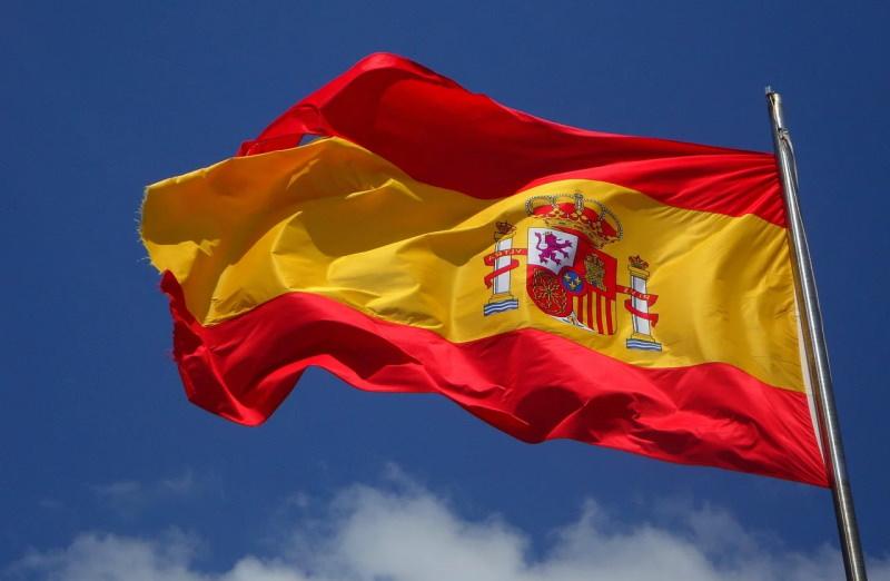 """Espanha vai avançar com rendimento básico incondicional que """"ficará para sempre"""""""