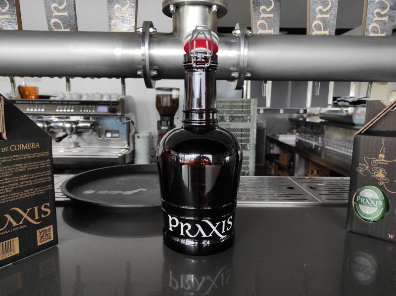 Growlers, as garrafas reutilizáveis para as cervejas artesanais